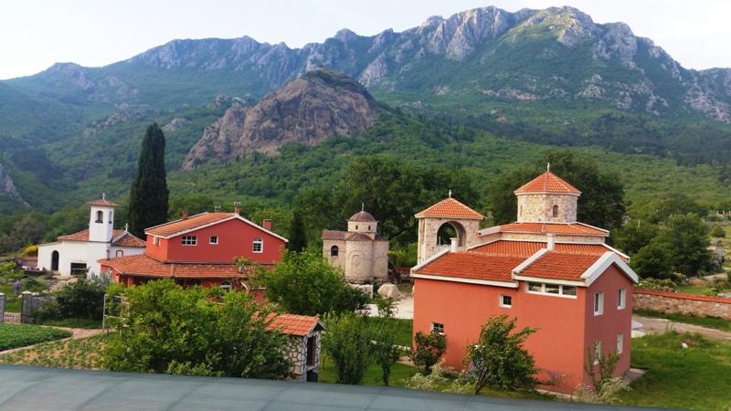 мужской монастырь Рыбняк Черногория